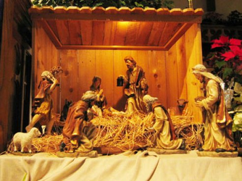 https://charlespaolino.files.wordpress.com/2009/12/manger.jpg?resize=492%2C369